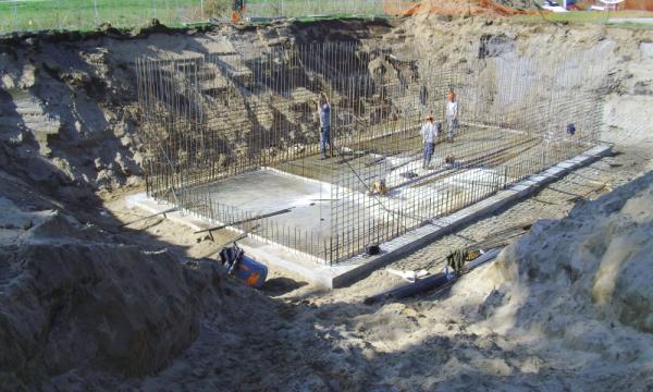 Construction du bassin des eaux usées | Restaurant-Motel Le Chavigny