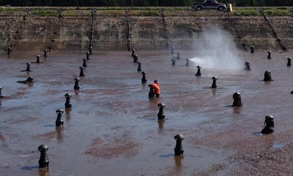 Nettoyage et réparation d'étang aéré |Ville de Sept-Îles
